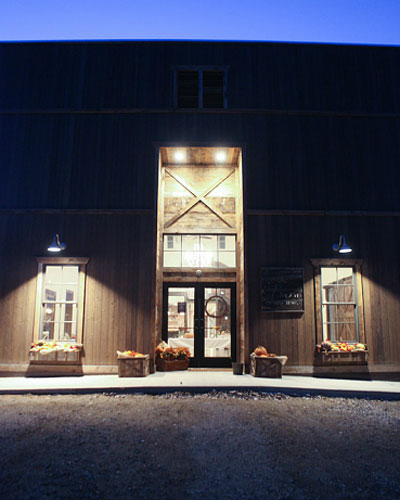 The Skinner Barn: Our Venue - Barn In Big Horn
