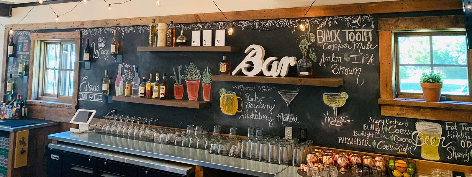 bar in big horn weddings, drinks, wine